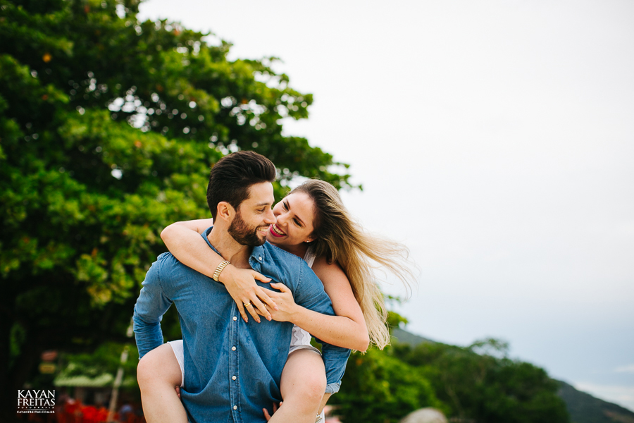 anderson-priscilla-precasamento-0025 Sessão pré casamento Priscilla e Anderson - Florianópolis