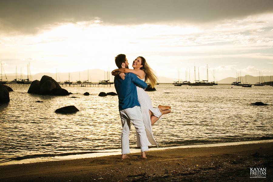 anderson-priscilla-precasamento-0031 Sessão pré casamento Priscilla e Anderson - Florianópolis