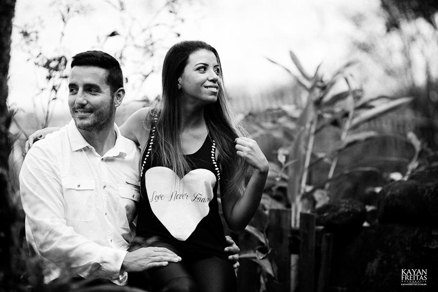 natalia-cicero-precasamento-0015 Sessão pré casamento Natália e Cícero - Imbituba