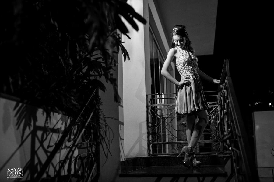 amanda-15anos-floripa-0022 Amanda - Aniversário de 15 anos - Paula Ramos