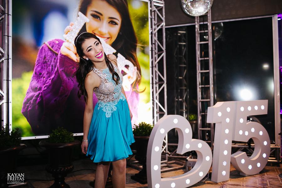amanda-15anos-floripa-0047 Amanda - Aniversário de 15 anos - Paula Ramos