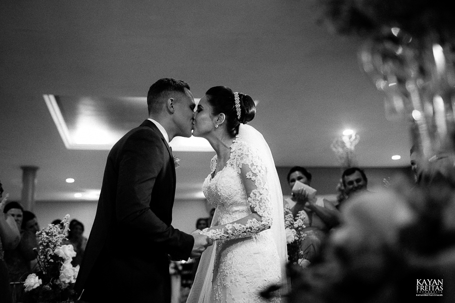 marina-yuri-casamento-0053 Marina e Yuri - Casamento em Florianópolis - Astel