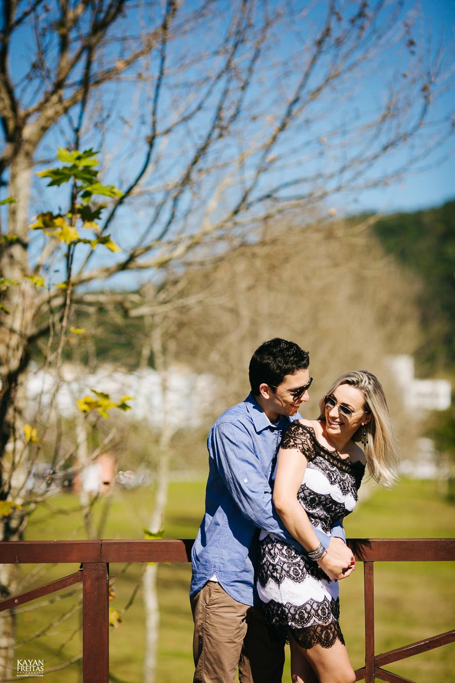 debora-bruno-precasamento-0024 Sessão pré casamento - Débora e Bruno - Pedra Branca