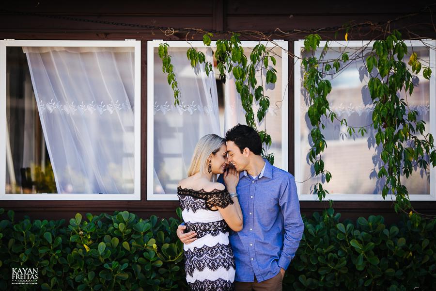 debora-bruno-precasamento-0028 Sessão pré casamento - Débora e Bruno - Pedra Branca