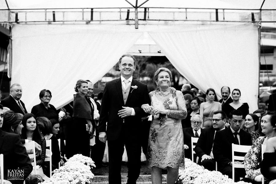 caasmento-ar-livre-fep-0042 Fabiana e Pedro - Casamento em Florianópolis