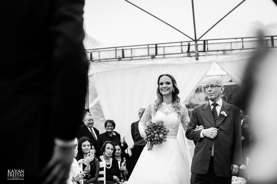 caasmento-ar-livre-fep-0050 Fabiana e Pedro - Casamento em Florianópolis