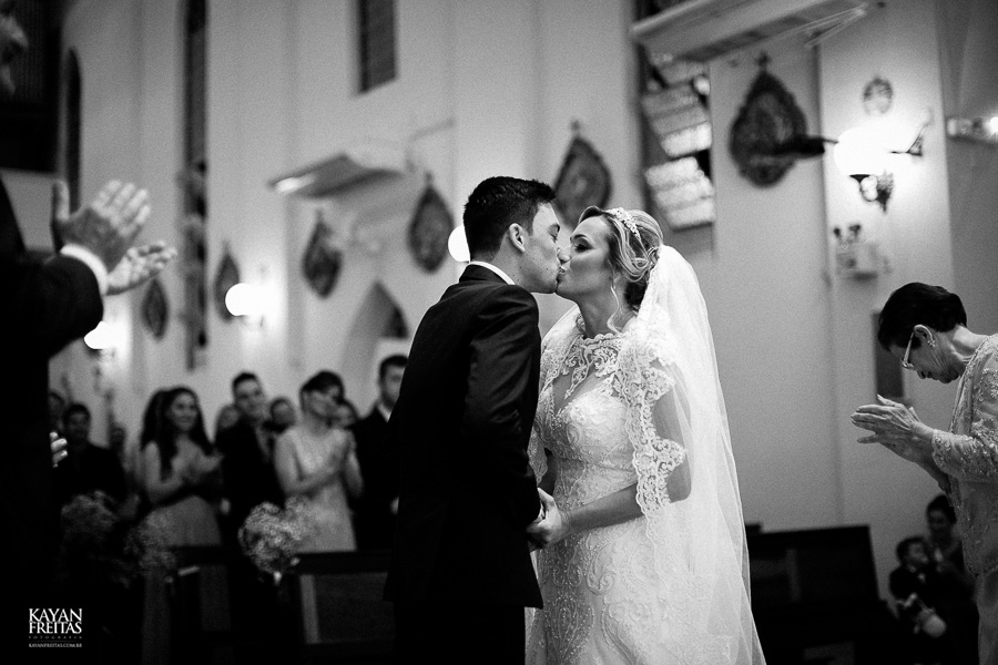 casamento-debora-bruno-0066-copiar Débora e Bruno - Casamento em Florianópolis