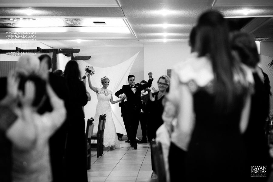 casamento-debora-bruno-0074-copiar Débora e Bruno - Casamento em Florianópolis