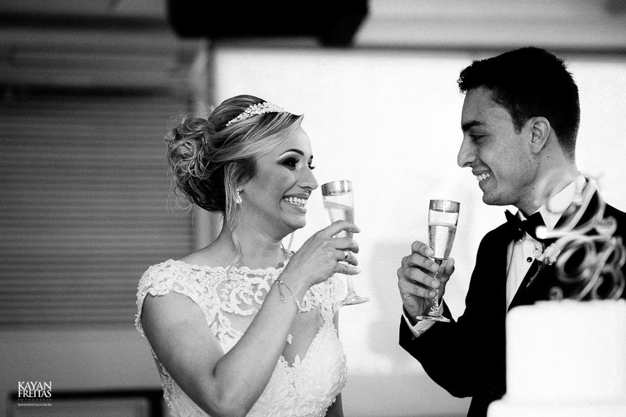 casamento-debora-bruno-0076-copiar Débora e Bruno - Casamento em Florianópolis