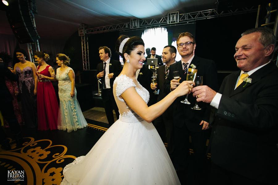 bruna-gustavo-casamento-0095 Casamento Bruna e Gustavo - São Pedro de Alcântara