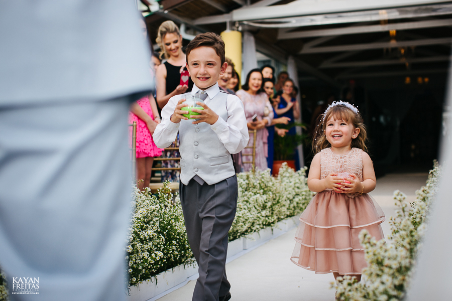 casamento-floripa-gui-mari-0045 Casamento Mariana e Guilherme - Hotel Costa Norte Florianópolis