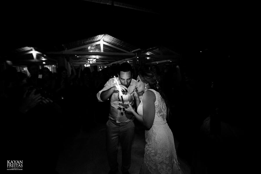 casamento-floripa-gui-mari-0108 Casamento Mariana e Guilherme - Hotel Costa Norte Florianópolis