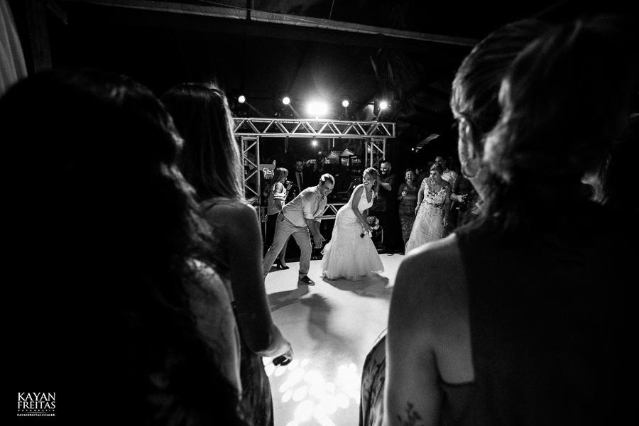 casamento-floripa-gui-mari-0114 Casamento Mariana e Guilherme - Hotel Costa Norte Florianópolis