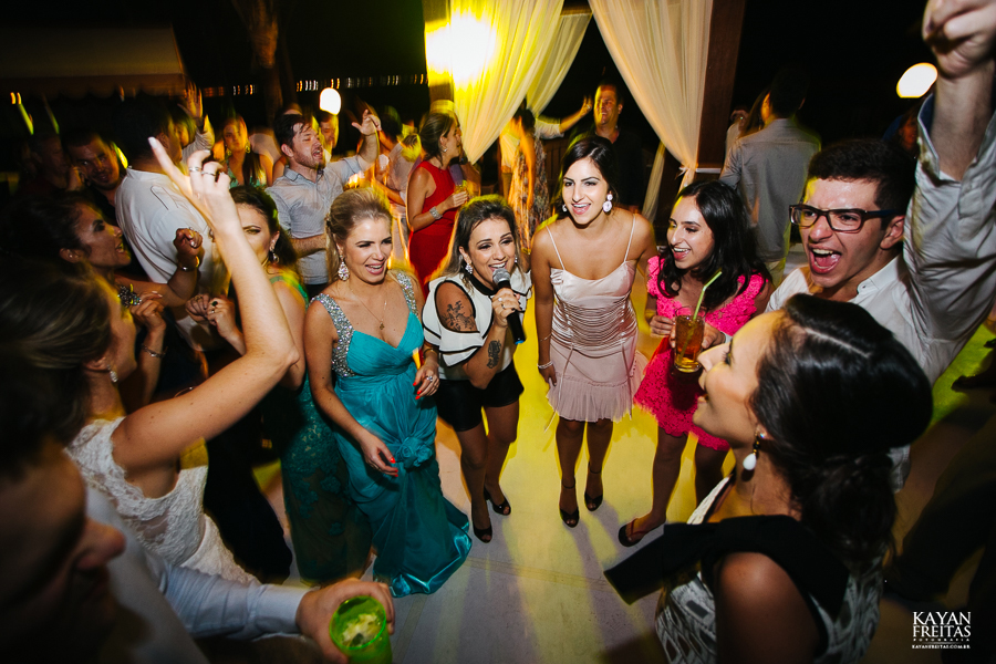 casamento-floripa-gui-mari-0123 Casamento Mariana e Guilherme - Hotel Costa Norte Florianópolis