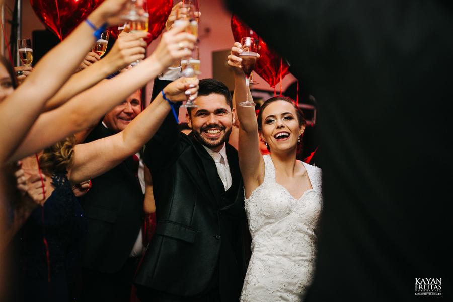 leandro-inglity-0103 Casamento Inglity e Leandro - Paula Ramos - Florianópolis