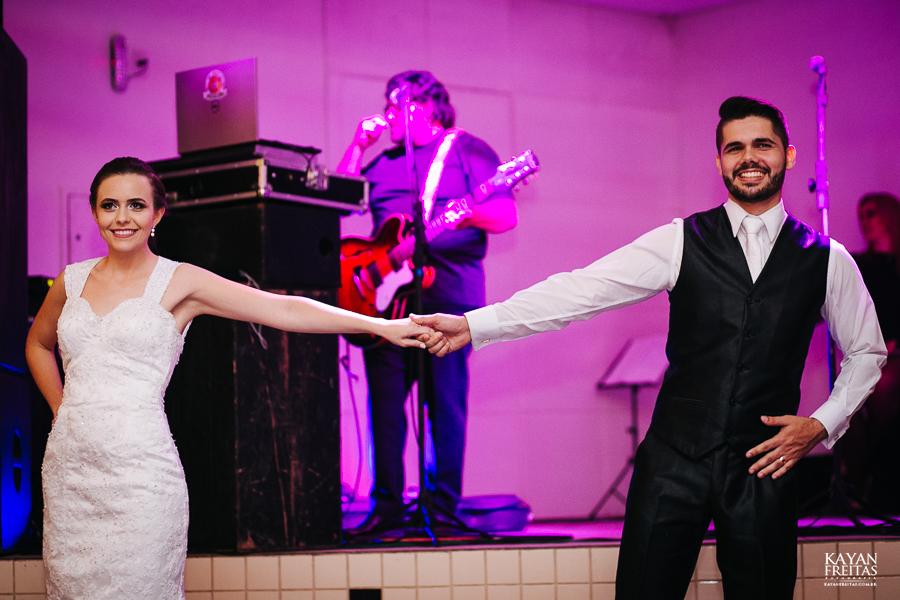 leandro-inglity-0109 Casamento Inglity e Leandro - Paula Ramos - Florianópolis