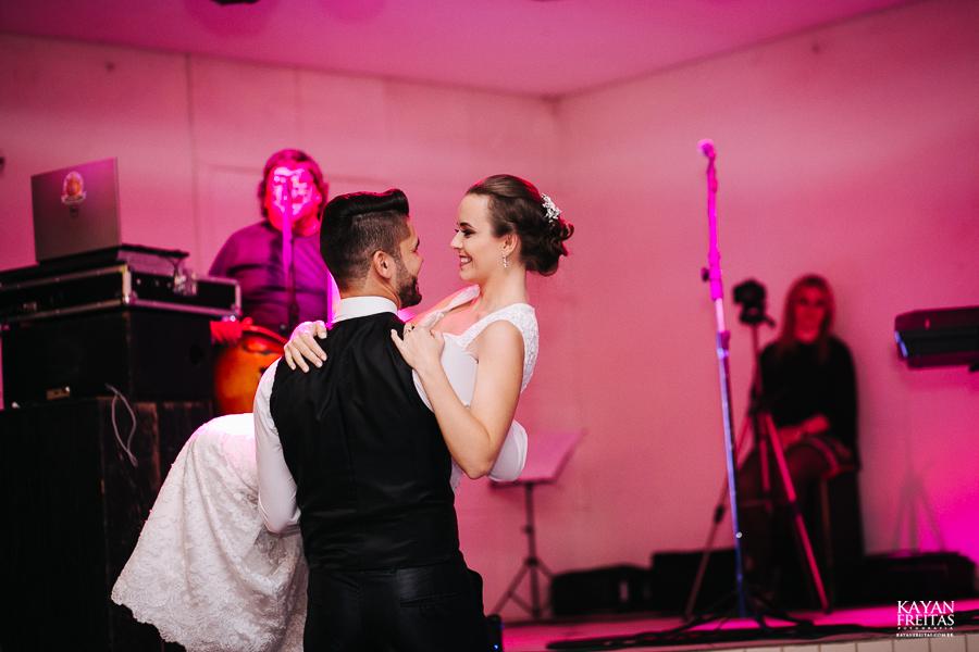 leandro-inglity-0112 Casamento Inglity e Leandro - Paula Ramos - Florianópolis