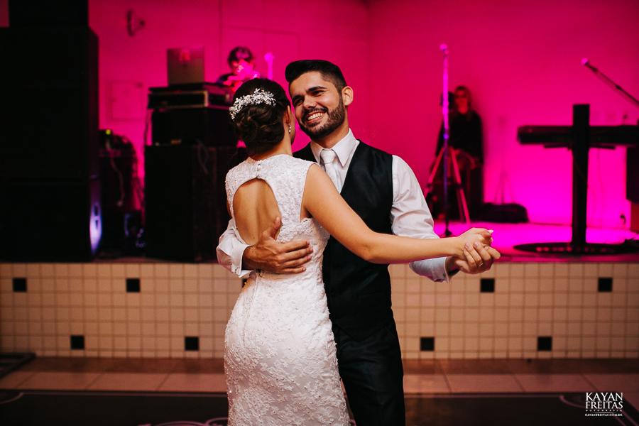 leandro-inglity-0114 Casamento Inglity e Leandro - Paula Ramos - Florianópolis