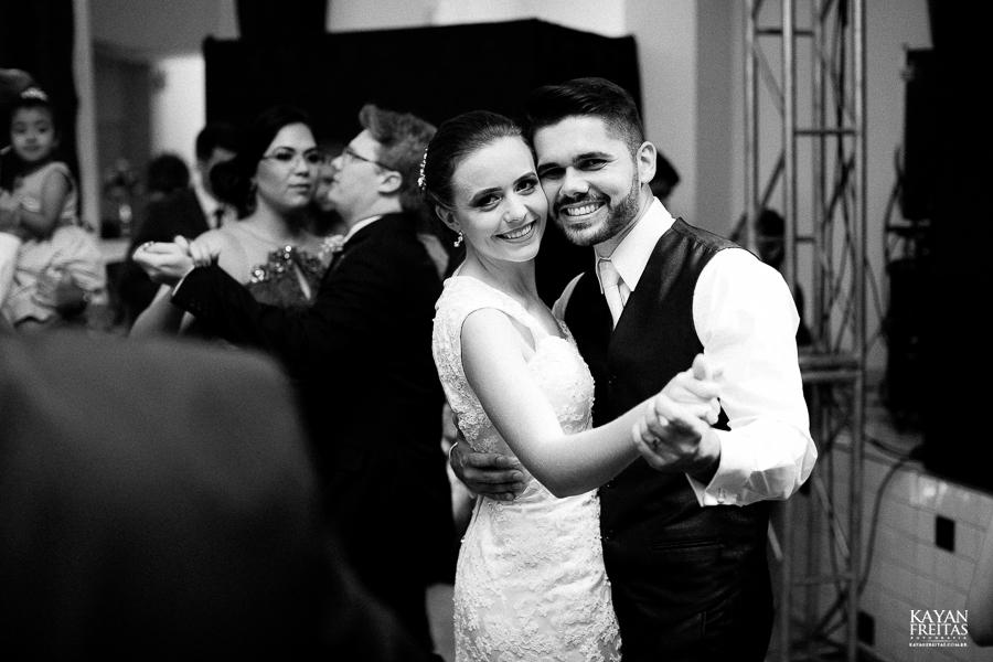 leandro-inglity-0115 Casamento Inglity e Leandro - Paula Ramos - Florianópolis