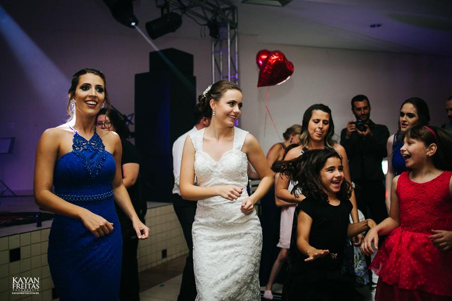 leandro-inglity-0132 Casamento Inglity e Leandro - Paula Ramos - Florianópolis
