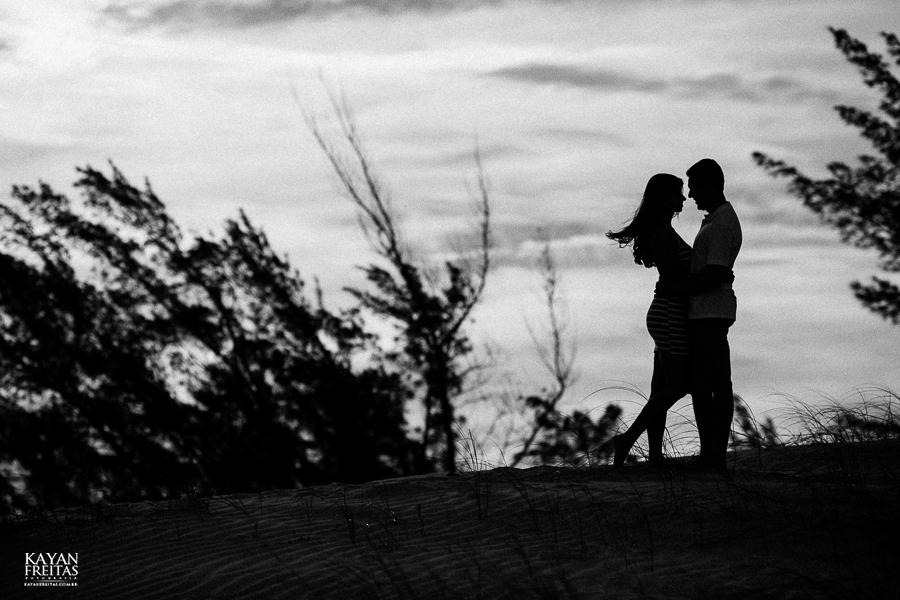 natasha-bruno-pre-0029 Sessão pré Casamento Natasha e Bruno - Garopaba