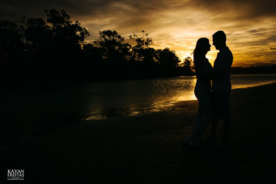 natasha-bruno-pre-0034 Sessão pré Casamento Natasha e Bruno - Garopaba