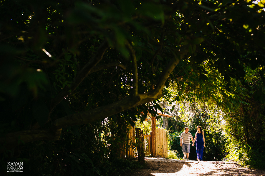 mireli-leandro-precasamento-0001 Sessão pré Casamento Guarda do Embaú - Mireli e Leandro