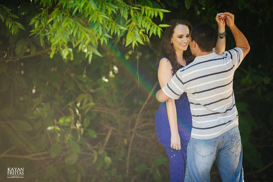 mireli-leandro-precasamento-0005 Sessão pré Casamento Guarda do Embaú - Mireli e Leandro