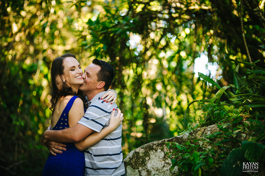mireli-leandro-precasamento-0007 Sessão pré Casamento Guarda do Embaú - Mireli e Leandro