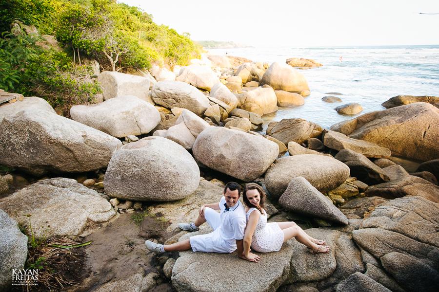 mireli-leandro-precasamento-0018 Sessão pré Casamento Guarda do Embaú - Mireli e Leandro