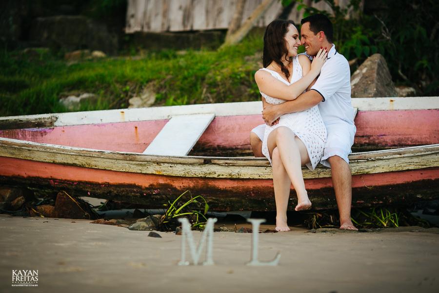 mireli-leandro-precasamento-0023 Sessão pré Casamento Guarda do Embaú - Mireli e Leandro