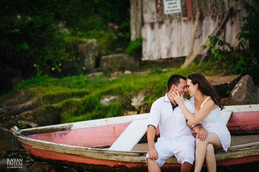 mireli-leandro-precasamento-0024 Sessão pré Casamento Guarda do Embaú - Mireli e Leandro