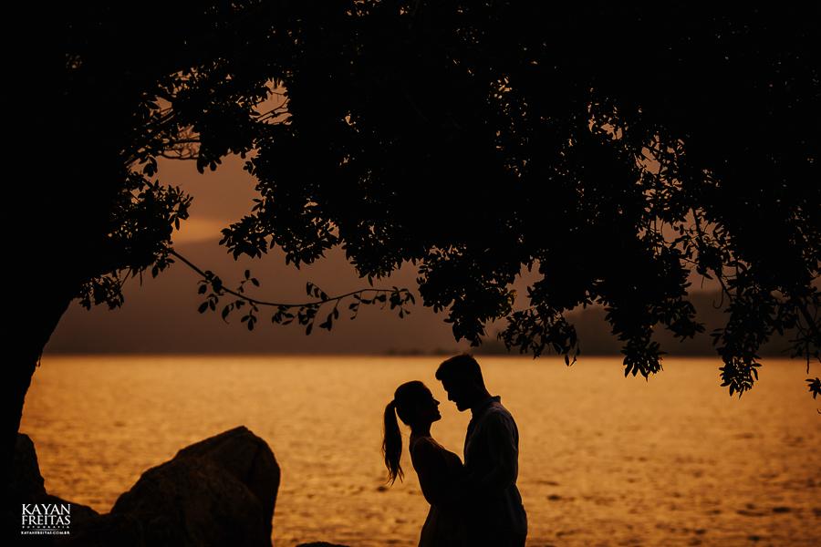 fotografo-florianopolis-precasamento-0028 Camila e Filippi - Sessão pré casamento em Florianópolis