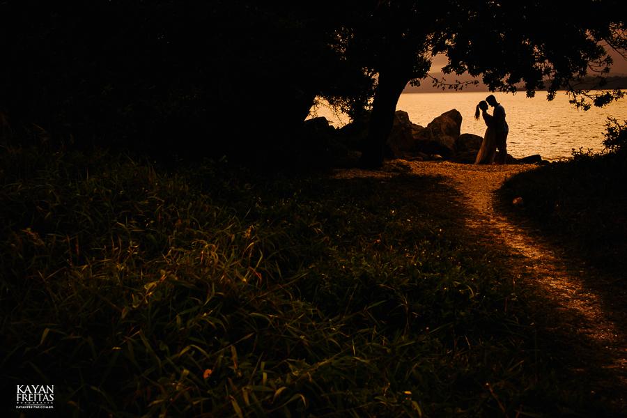 fotografo-florianopolis-precasamento-0029 Camila e Filippi - Sessão pré casamento em Florianópolis