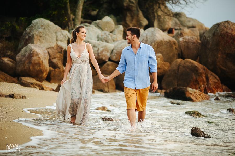 fotografo-florianopolis-precasamento-0031 Camila e Filippi - Sessão pré casamento em Florianópolis