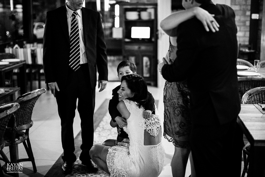 aline-alesandro-0042 Aline e Alesandro - Mini Wedding em Florianópolis