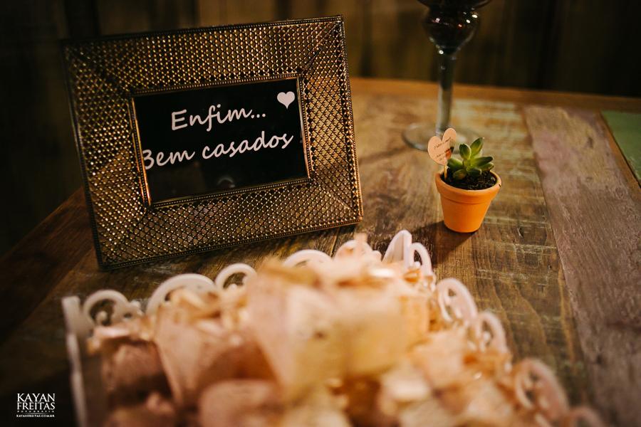 aline-alesandro-0044 Aline e Alesandro - Mini Wedding em Florianópolis