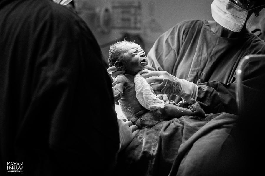 beatriz-nascimento-0007 Nascimento da Beatriz - Clinica Santa Helena