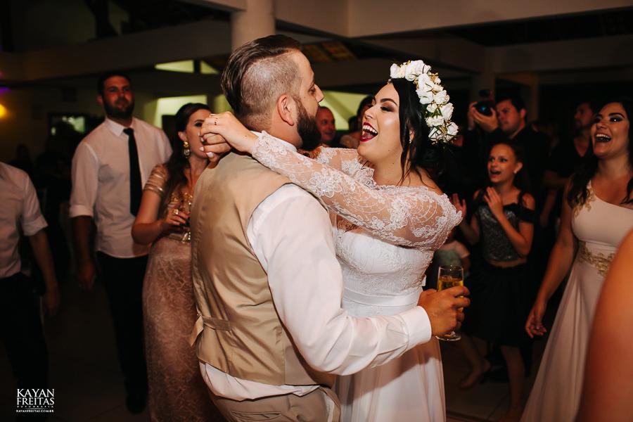 aline-leonardo-cas-0099 Aline e Leonardo - Casamento em São José
