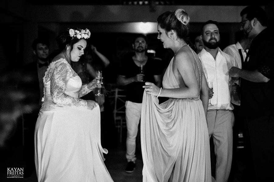 aline-leonardo-cas-0100 Aline e Leonardo - Casamento em São José