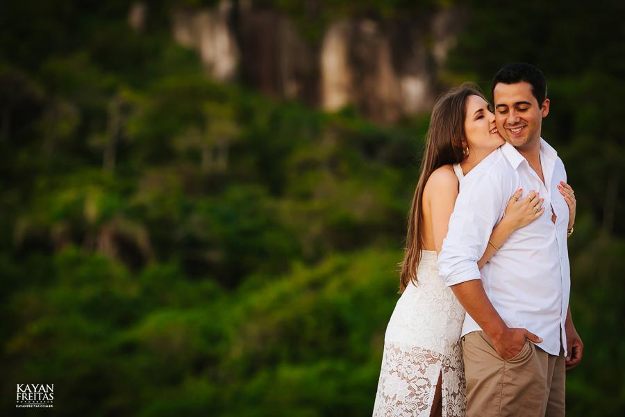 luana-lucas-precasamento-0014 Luana e Lucas - Sessão pré casamento Florianópolis