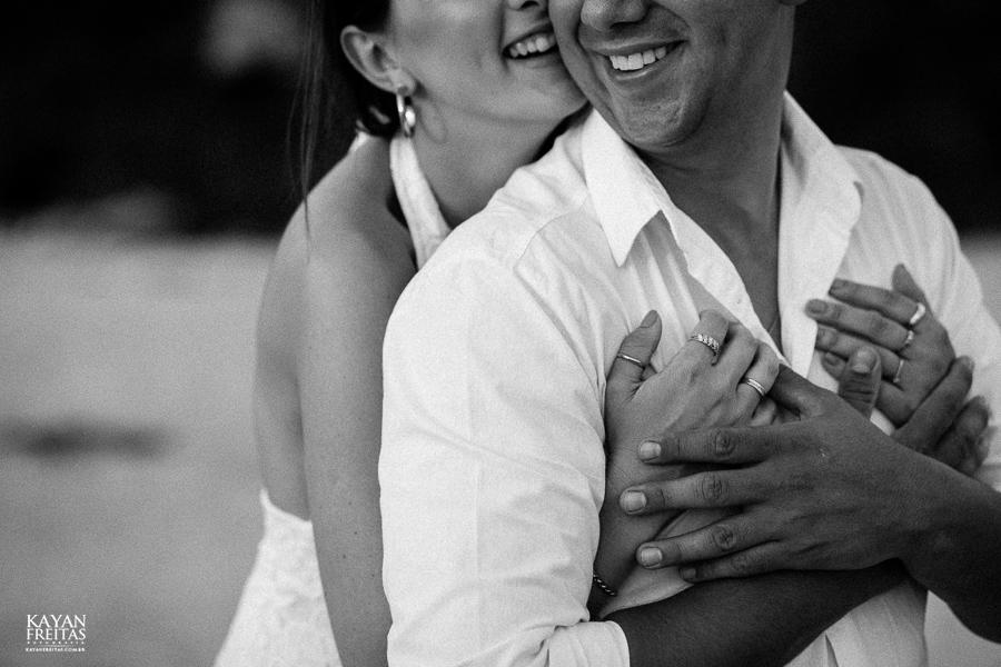 luana-lucas-precasamento-0015 Luana e Lucas - Sessão pré casamento Florianópolis