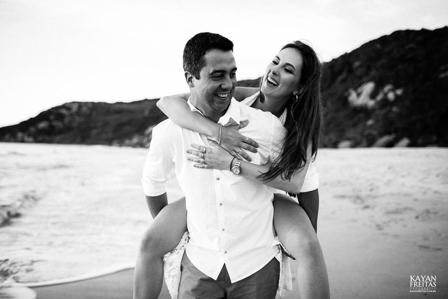 luana-lucas-precasamento-0021 Luana e Lucas - Sessão pré casamento Florianópolis