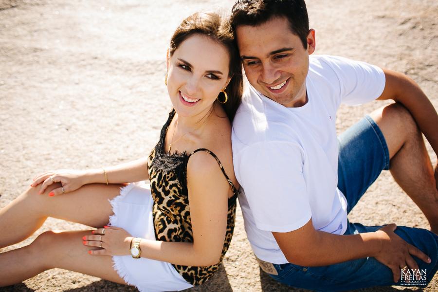 luana-lucas-precasamento-0034 Luana e Lucas - Sessão pré casamento Florianópolis