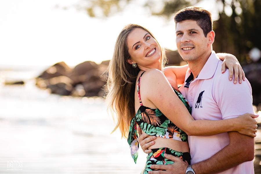 fotos-casamento-garopaba-0007 Sessão pré Casamento na Praia - Anelyse e Diego