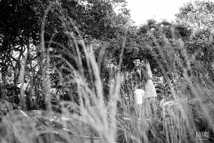 fotos-casamento-garopaba-0021 Sessão pré Casamento na Praia - Anelyse e Diego