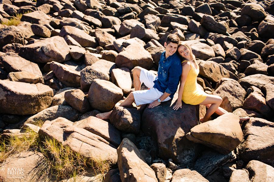 fotos-casamento-garopaba-0026 Sessão pré Casamento na Praia - Anelyse e Diego