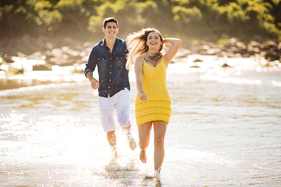 fotos-casamento-garopaba-0029 Sessão pré Casamento na Praia - Anelyse e Diego