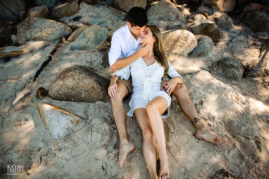 fotos-casamento-garopaba-0033 Sessão pré Casamento na Praia - Anelyse e Diego