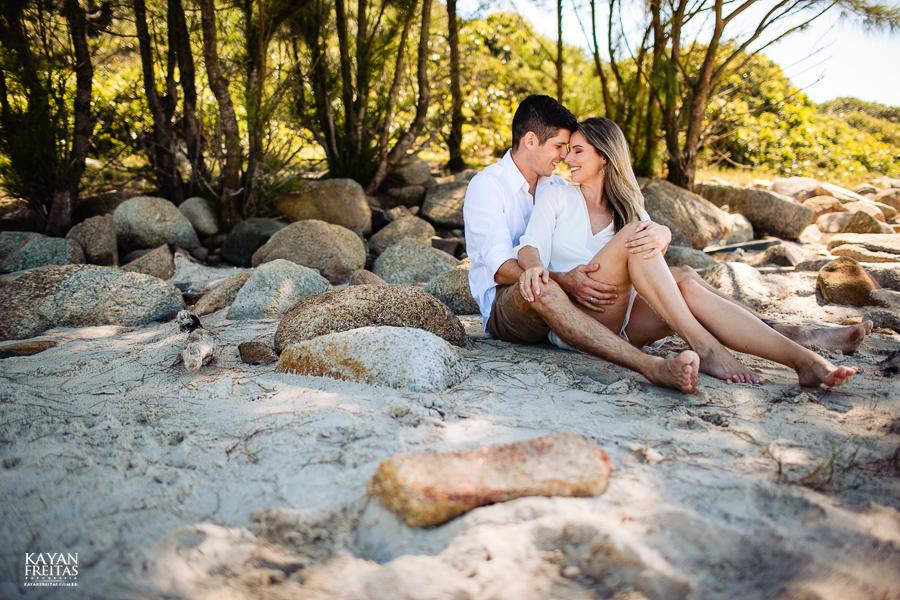 fotos-casamento-garopaba-0035 Sessão pré Casamento na Praia - Anelyse e Diego